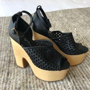 "Jeffrey Campbell ""Studio"" Platform Sandal - 6.5"